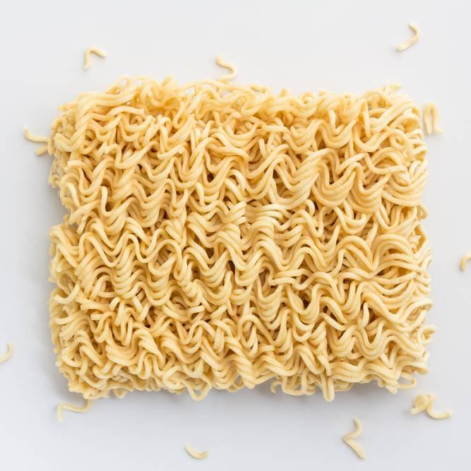 旨すぎてビビるよ……。余った「袋麺」で作る本格おつまみレシピ5つ